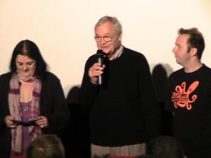 Consuelo, Roger Corman et Daniel Cohen.