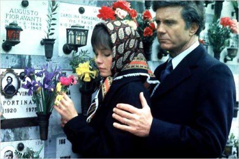 """""""Tu la sens, mon urne funéraire ?"""""""